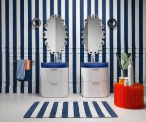 blue bathroom with s