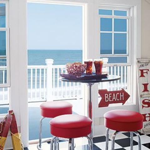 Coastal Colors: Red,