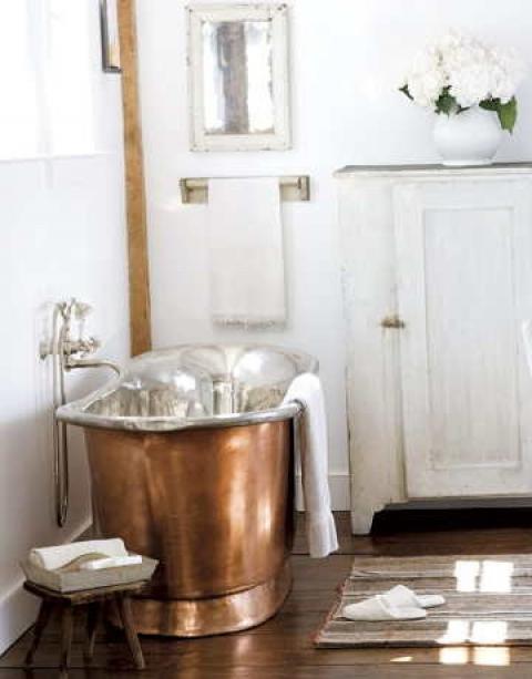 Copper soaking tub-