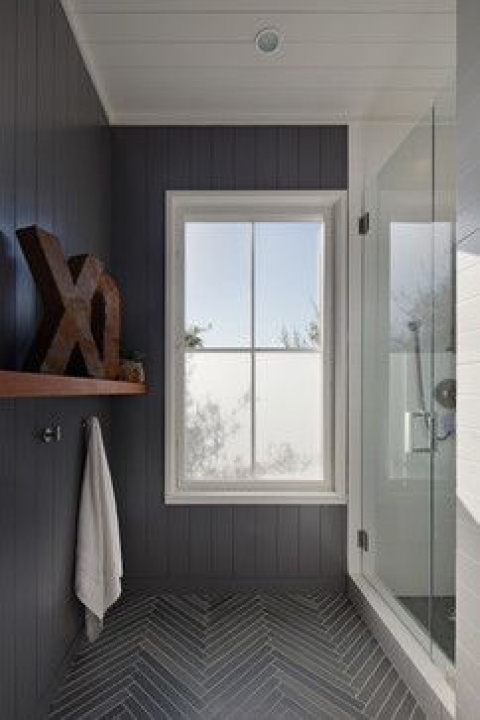 serene gray bathroom