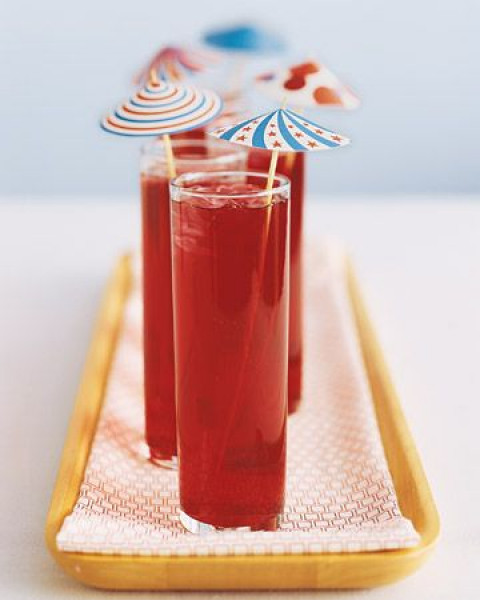 Red drink with paras