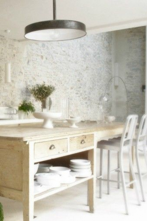 Pale stone kitchen
